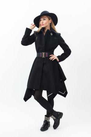 Женское пальто и шляпа Патриция Пепе (Patrizia Pepe)